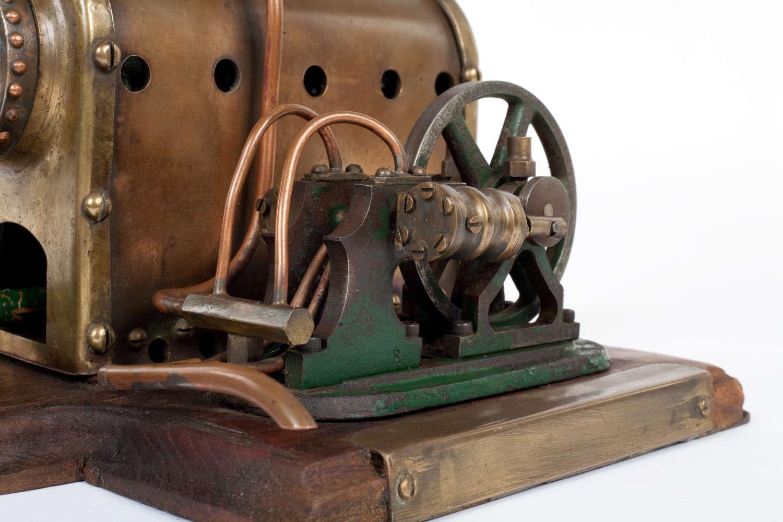 Vintage live steam stationary engine
